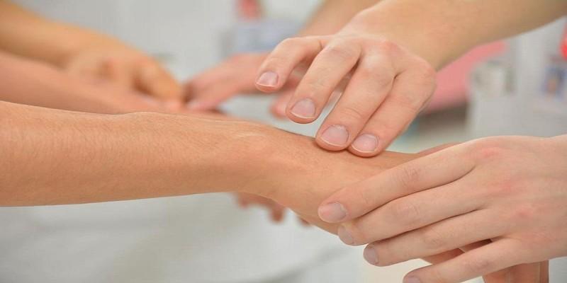 Massagem entre familiares: Afeto + Cuidados= COMPARTILHAR AMOR