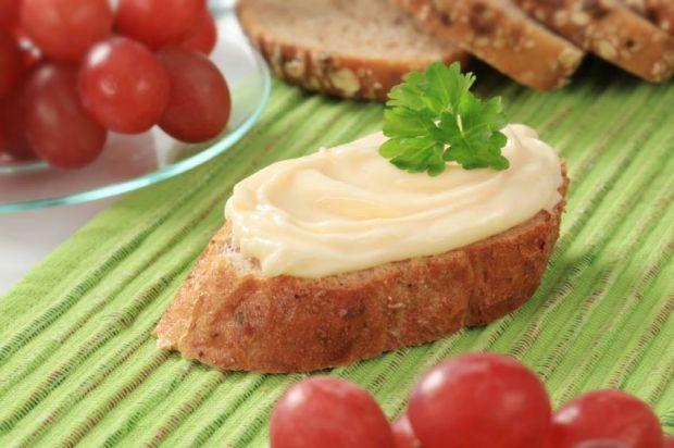 Queijos, requeijão e manteiga veganos